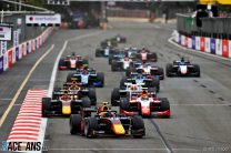 Vips repeats Baku victory in incident-strewn feature race