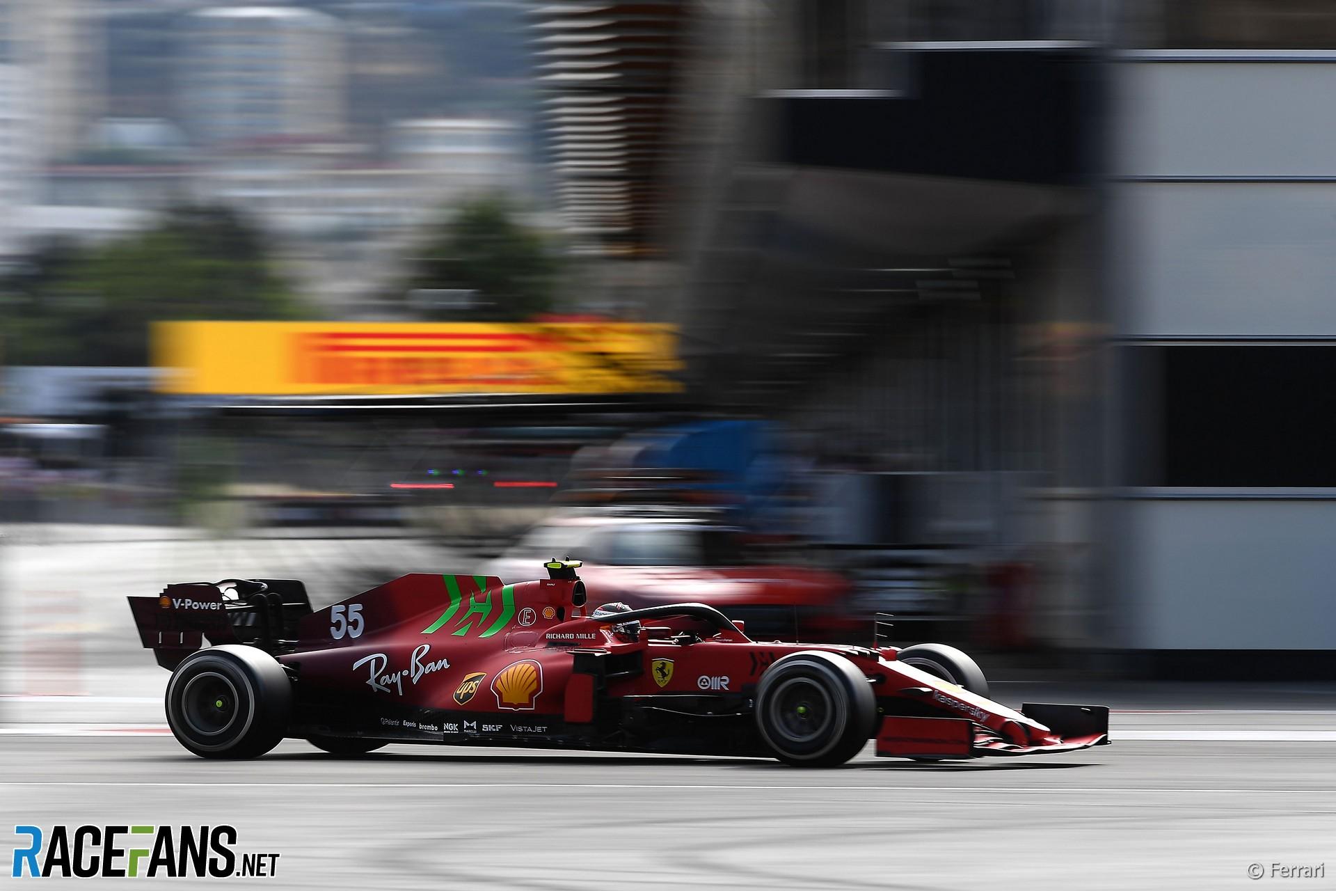 Carlos Sainz, Ferrari, Baku Street Circuit, 2021