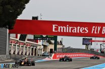 """Hamilton: Mercedes """"losing three-and-a-half tenths on straights"""" to Red Bull"""