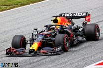 Verstappen leads Ferrari pair, Hamilton seventh in first practice