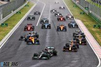 """Norris says Bottas deserves big penalty for """"stupid"""" first-corner crash"""