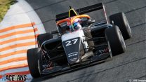 Powell ties Chadwick for points lead with two races to go after Zandvoort win