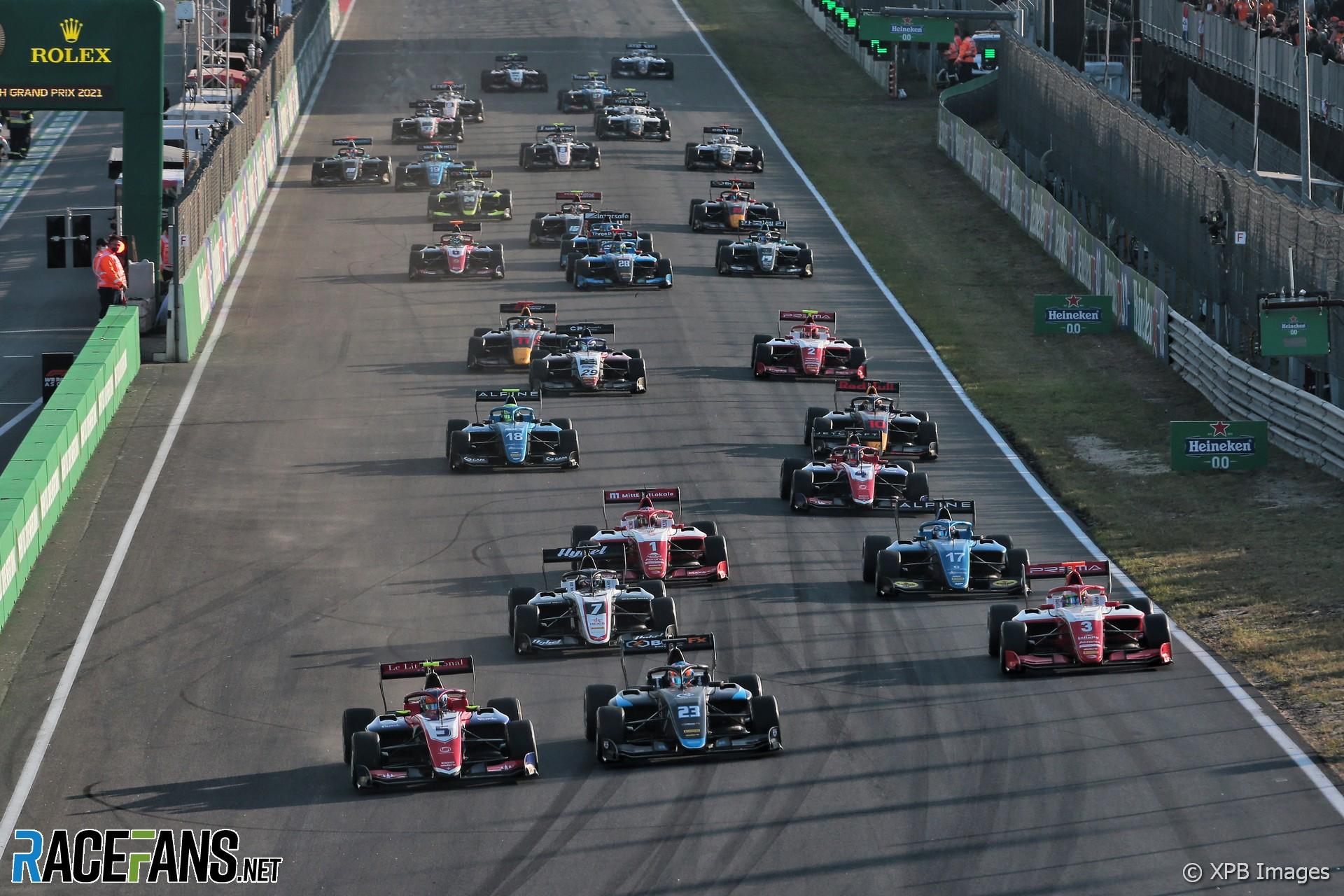 Start, race two, Formula 3, Zandvoort, 2021