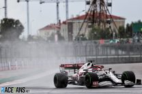 Kimi Raikkonen, Alfa Romeo, Sochi Autodrom, 2021