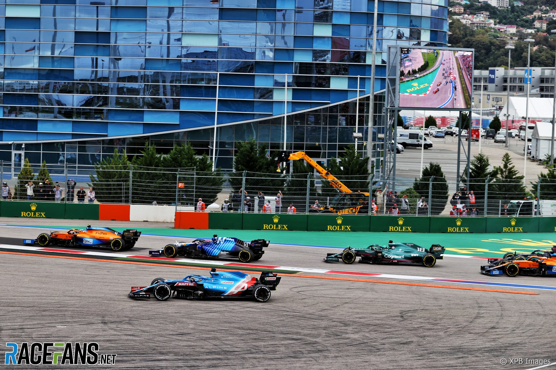 Fernando Alonso, Alpine, Sochi Autodrom, 2021