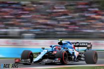 Unseen near-miss with Alonso cost Ocon a place in Q3